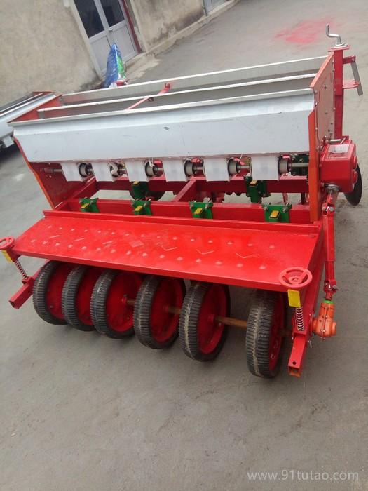 新款双仓小麦玉米播种 配件排种器农业农具播种机