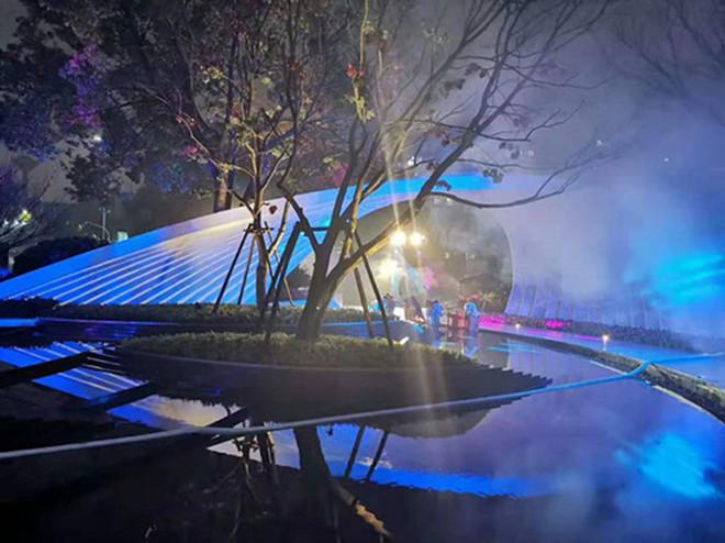 陕西 年会场景布景抽象灯光雕塑 不锈钢烤漆工艺定制